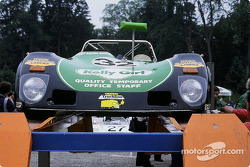 #32 Lola T 294 S-Ford