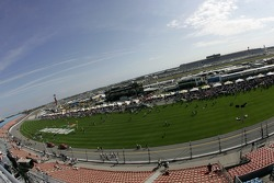 Overall view of the starting grid activity