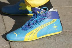 Racing shoes of Heikki Kovalainen