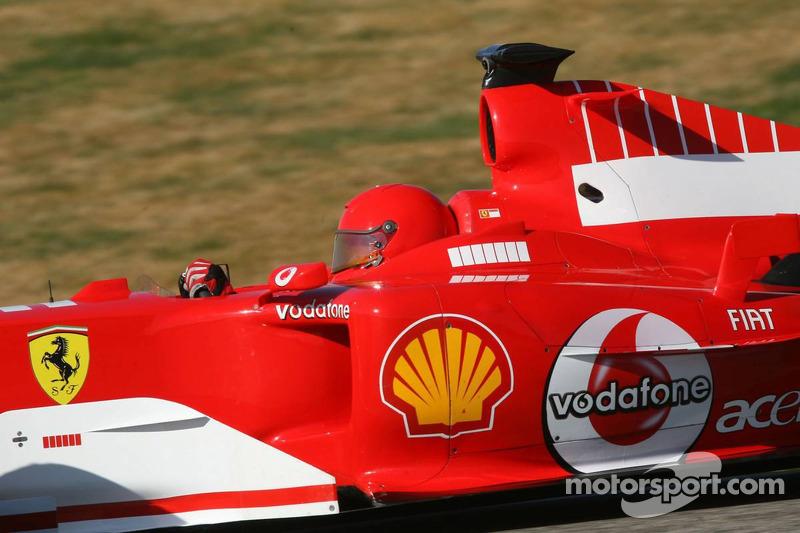 Valentino Rossi au volant de la Ferrari F2004 à Valence, en 2006