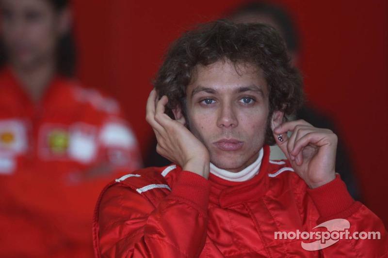 Valentino Rossi lors de son test de la Ferrari F2004 à Valence, en 2006