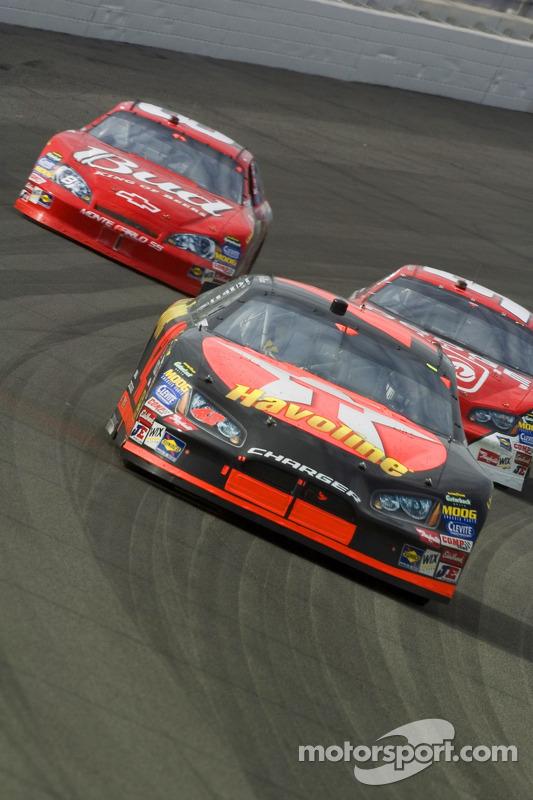Casey Mears, Kasey Kahne et Dale Earnhardt Jr.