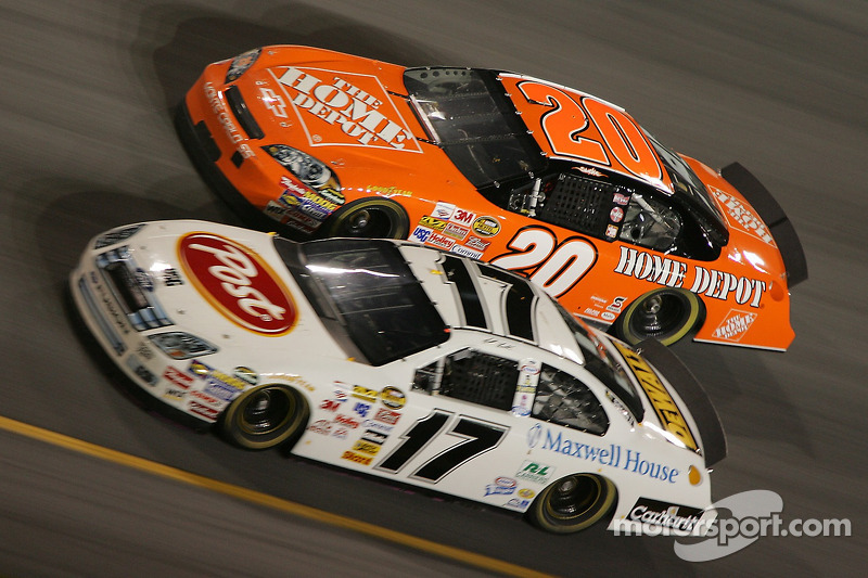 Matt Kenseth y Tony Stewart