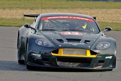 #33 Barwell Motorsport Aston Martin DBR9 of Leo Machitsky, Jonathan Cocker