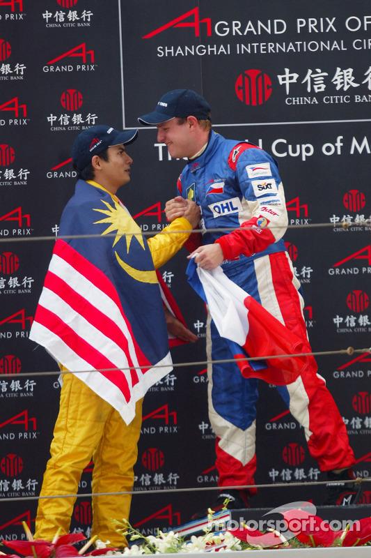 Alex Yoong (Malaisie) et Tomas Enge (République tchèque) sur le podium