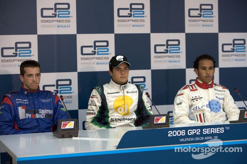 Nelson A. Piquet et Tristan Gommendy et Lewis Hamilton en conférence de presse