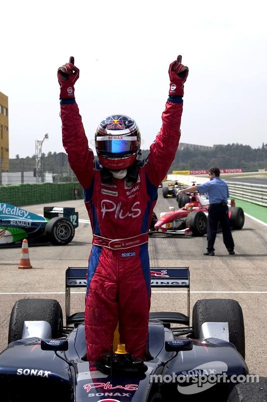 Michael Ammermuller fête sa victoire