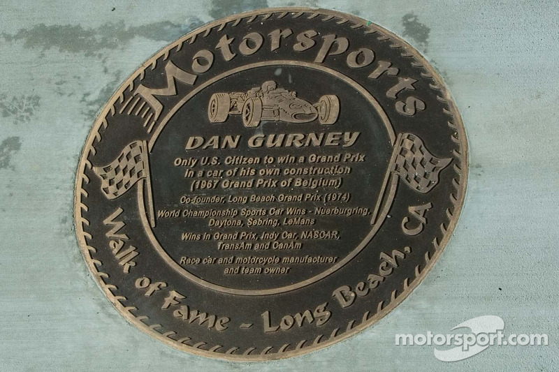 Walk of Fame - Long Beach, plaque pour Dan Gurney