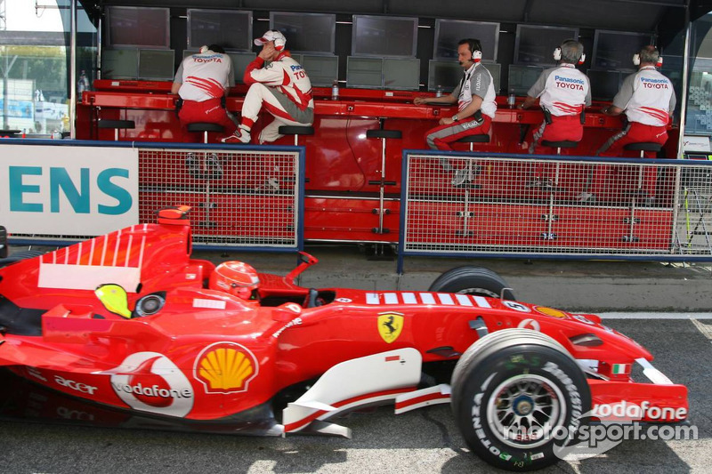 Ralf Schumacher devant Michael Schumacher