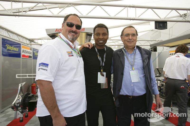 Le chanteur Halladay rencontre Alfonso de Orleans Borbon et Gianpaolo Dallara