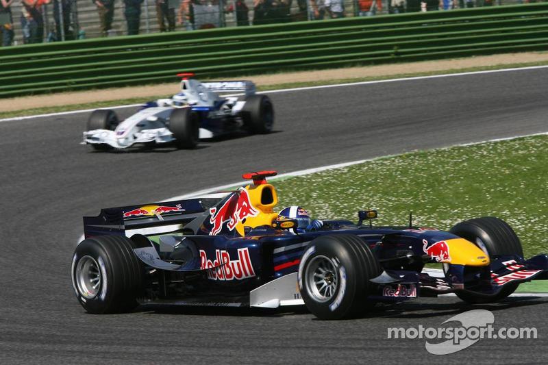 David Coulthard devant Nick Heidfeld