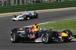 David Coulthard leads Nick Heidfeld