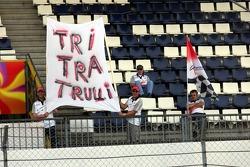Fans of Jarno Trulli