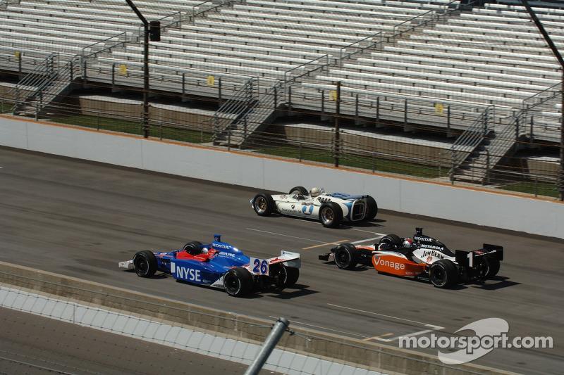 Marco Andretti, Michael Andretti et Mario Andretti font un tour ensemble