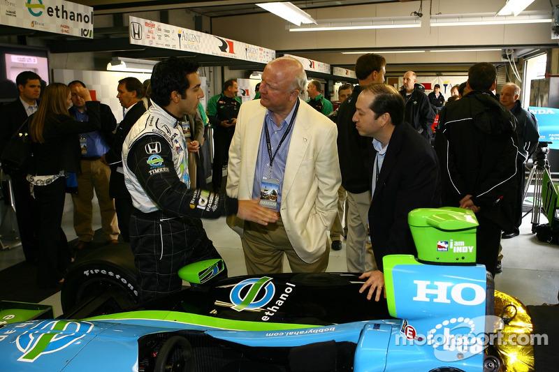 Jeff Simmons et le secrétaire de Energy Samuel Bodman