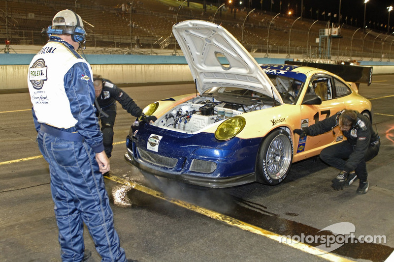 #17 SAMAX Porsche GT3 Cup: Ian James, Ryan Hunter-Reay dans les stands