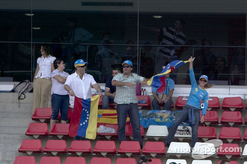 Des fans de Ernesto Viso