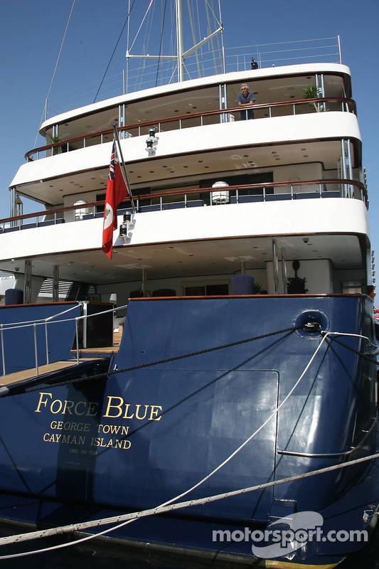 Flavio Briatore,sur un yacht
