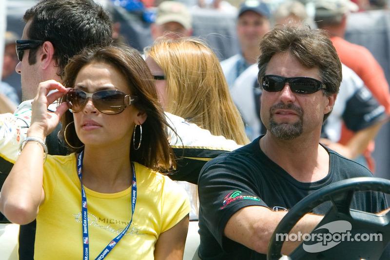 Challenge arrêt au stand: Michael Andretti et son ami