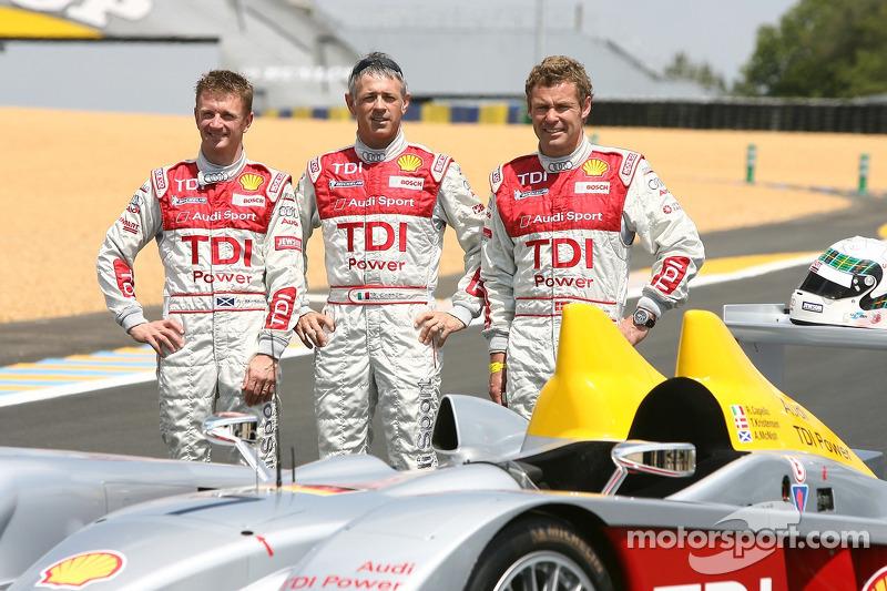 Séance photos de Audi Sport Team Joest: Allan McNish, Rinaldo Capello et Tom Kristensen