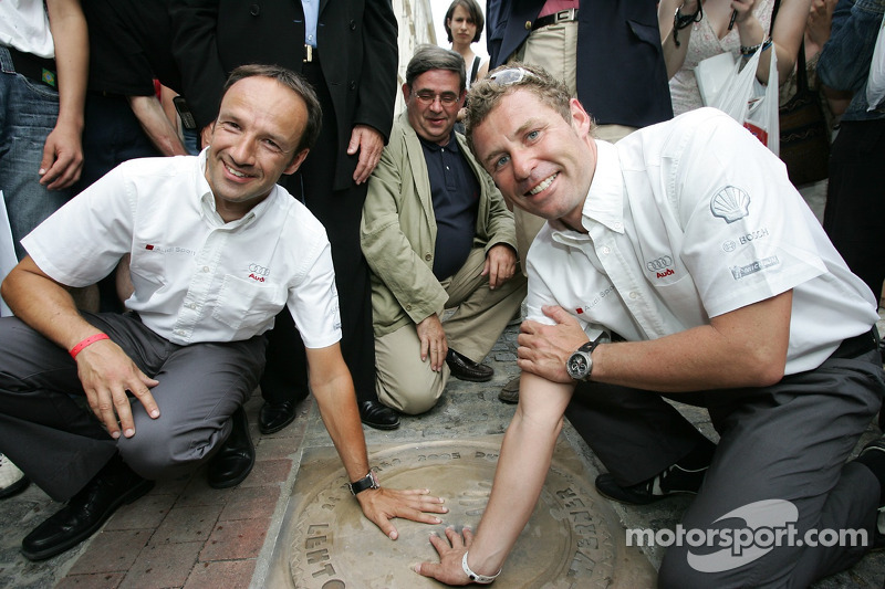 Découverte de la plaque des vainqueurs des 24 Heures du Mans 2005: Marco Werner et Tom Kristensen