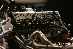 Peugeot Sport press conference: the new Peugeot V12 HDI FAP engine of the 2007 Peugeot 908