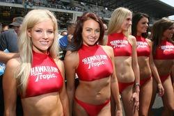 Lovely Hawaiian Tropic girls