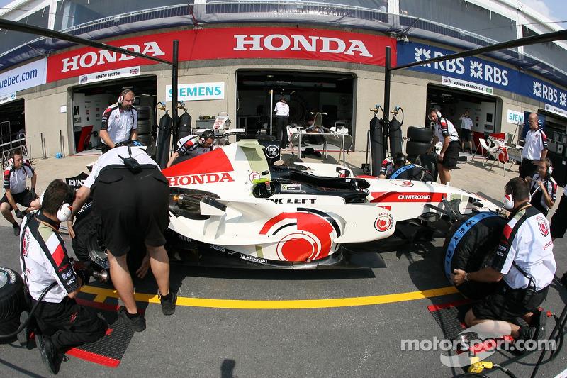 Arrêt au stand pour Honda