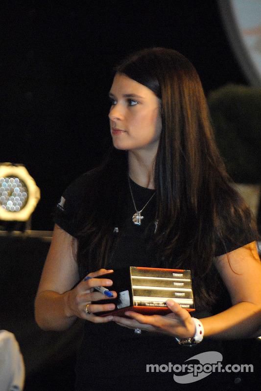Danica Patrick vend aux enchère la montre de signature Tissot
