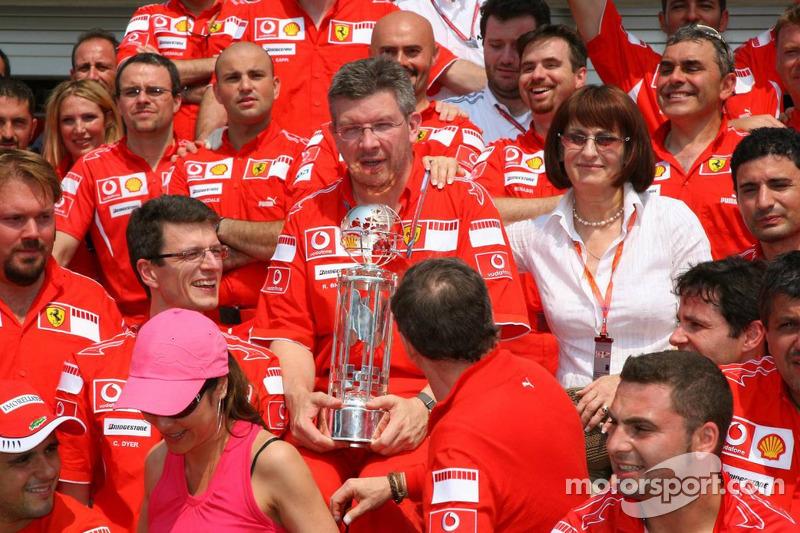 Célébration de la victoire à Ferrari : Ross Brawn
