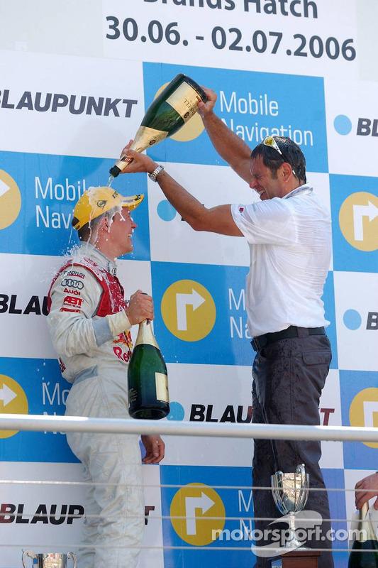 Podium: Hans-Jurgen Abt donne à Mattias Ekström une douche de champagne