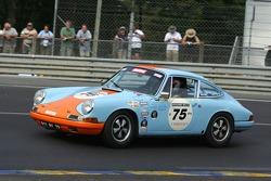 #75 Porsche 911 1965