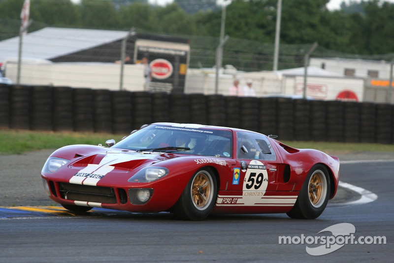#59 Ford GT 40 1965