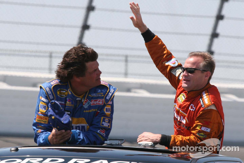 Michael Waltrip et Kenny Wallace