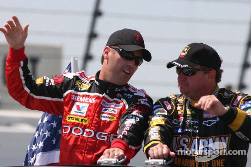 Jeremy Mayfield et Joe Nemechek