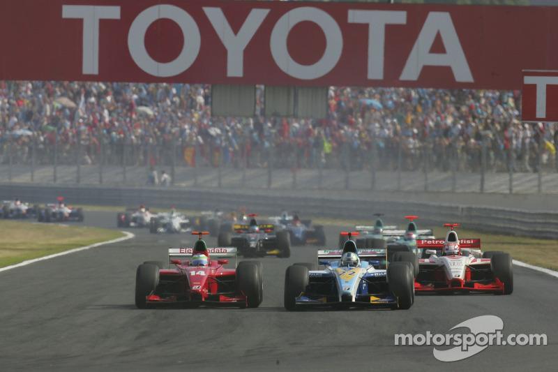 Lucas Di Grassi prend la tête à l'ouverture de la course
