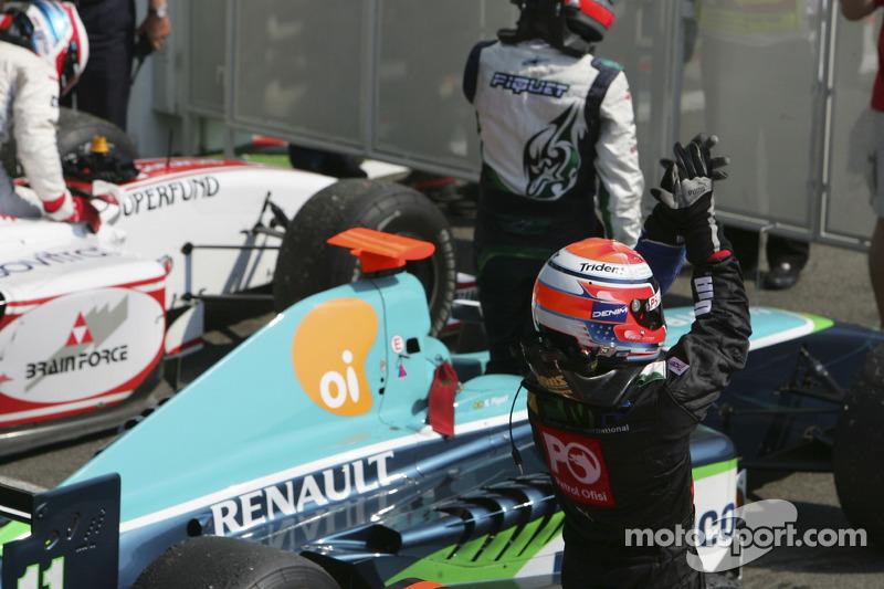 Giorgio Pantano célèbre sa victoire