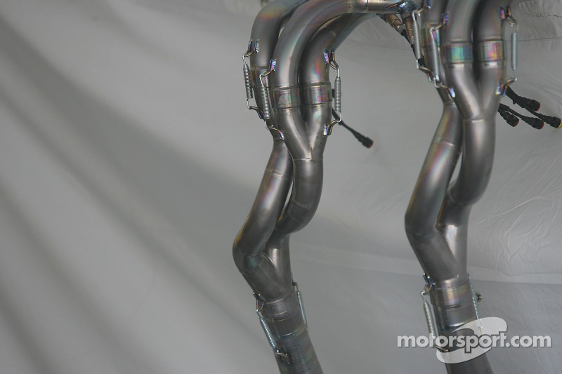 Tubos de la Yamaha YZR-M1