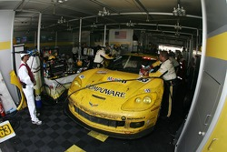#63 Corvette Racing Corvette C6-R: Ron Fellows, Johnny O'Connell, Max Papis pushed back in the garage