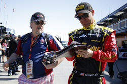 Clint Bowyer, Michael Waltrip Racing