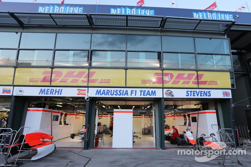 Manor F1 Team pit garage