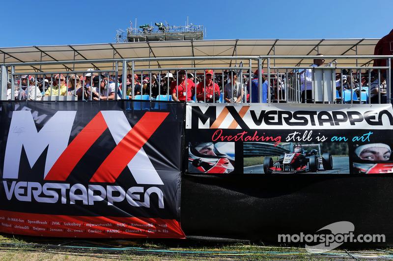 Макс Ферстаппен, Scuderia Toro Rosso баннери