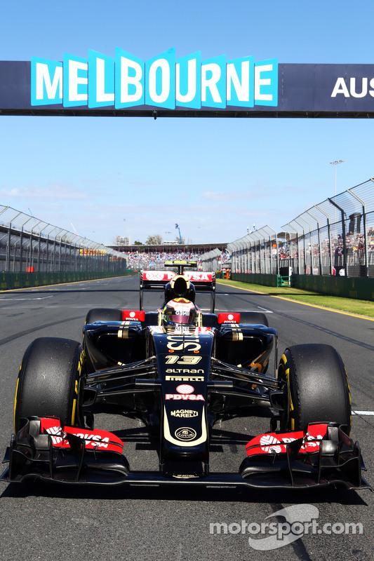 Pastor Maldonado, Lotus F1 E23 di grid