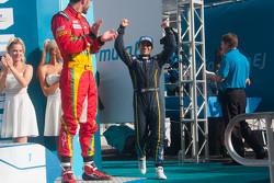 Подиум: победитель гонки Николя Прост