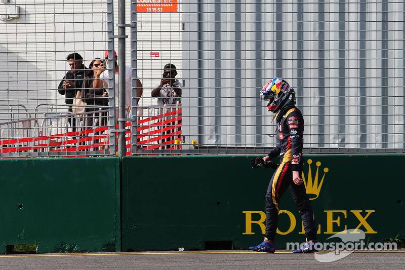 Макс Ферстаппен, Scuderia Toro Rosso зійшов в гонці