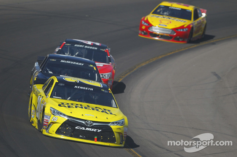 Matt Kenseth, Joe Gibbs Racing, Toyota, und Ryan Newman, Richard Childress Racing, Chevrolet