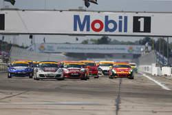 ST inizio: #18 RSI Porsche Cayman: Jon Miller, Adam Isman