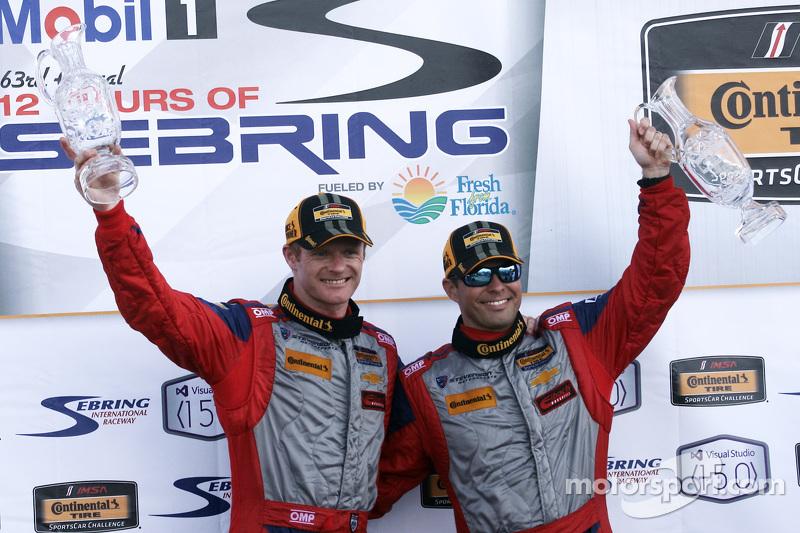 Para juara balapan Robin Liddell, dan Andrew Davis, Stevenson Motorsports