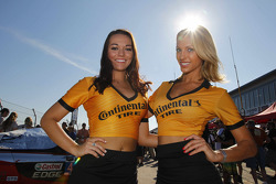 Lovely Continental Tire girls