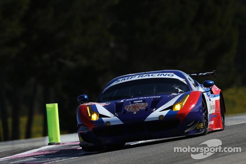 #72 SMP Racing Ferrari F458 Italia: Andrea Bertolini, Victor Shaitar, Aleksey Basov
